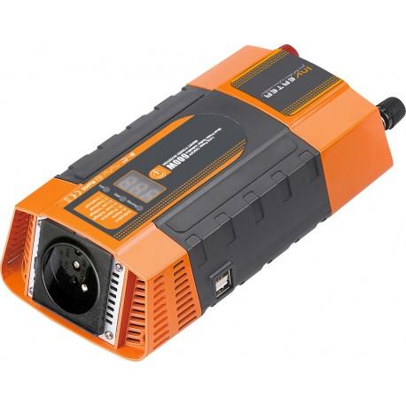 Menič napätia z 12 / 220V + USB 600W / displej